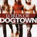 Маленькая обложка диска c музыкой из фильма «Короли Догтауна»