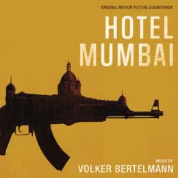 Обложка к диску с музыкой из фильма «Отель Мумбаи: Противостояние»